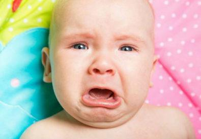 Το μωρό σας κλαίει γιατί σας χρειάζεται